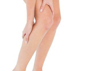 膝,ひねると痛い,原因